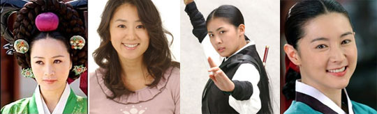 From left, Kim Hye-su, Kim Hee-ae, Ha Ji-won and Lee Yeong-ae.