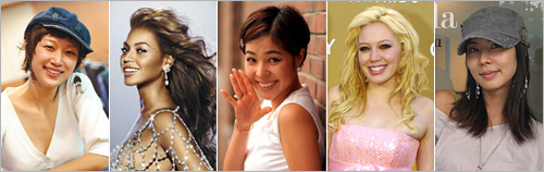 From left, Byeon Jeong-soo, Beyoncé Knowles, Lee Hye-young, Hillary Duff and Kim Jun-hee