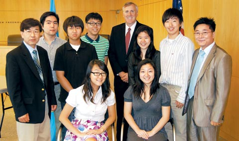 Korean-American high school students behind the establishment of a memorial honoring Korean