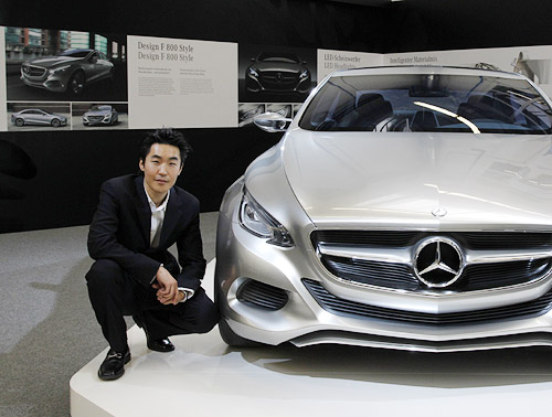 The korean designer helping to drive mercedes benz 39 s for Mercedes benz employee salary