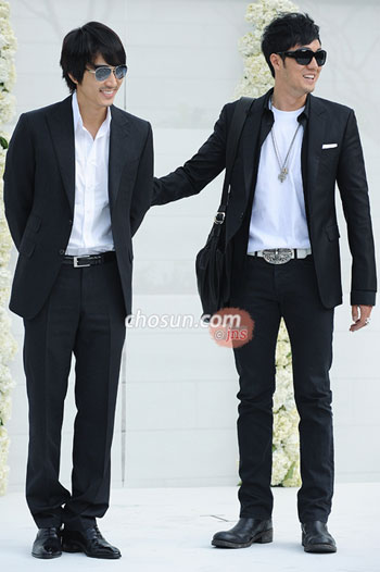 Song Seung-hun (left) and So Ji-sup