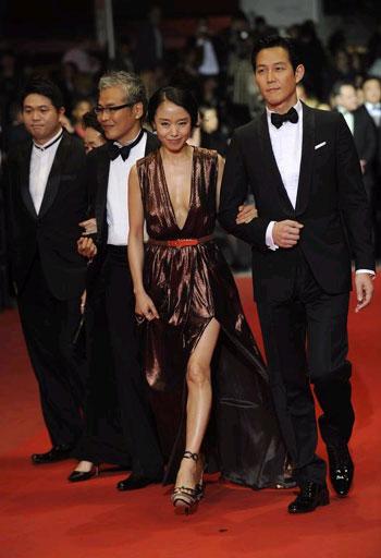 Film surcoreano La criada es ovacionado en Cannes 2010051700360_0