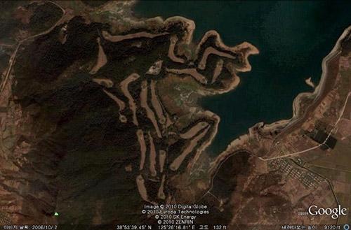 Pyongyang Golf Links /Google Earth