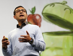 Vic Gundotra, senior vice-president of social for Google, kicks off the keynote address at Google IO Developers Conference in San Francisco, California on Tuesday. /Reuters-Newsis