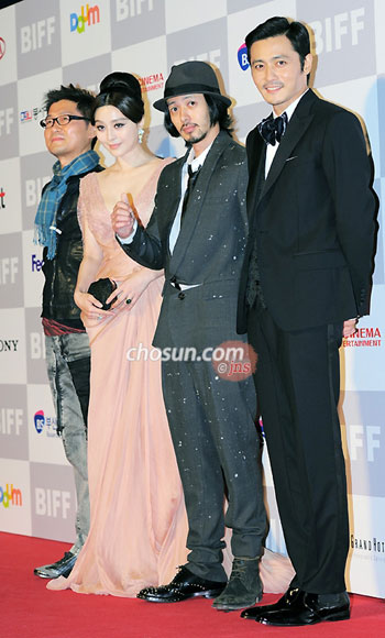 From left, director Kang Jae-kyu, Fan Bingbing, Joe Odagiri, and Jang Dong-gun
