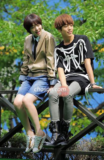 Left lee min ho of shinee kim ji won sulli of f x and lee hyun woo