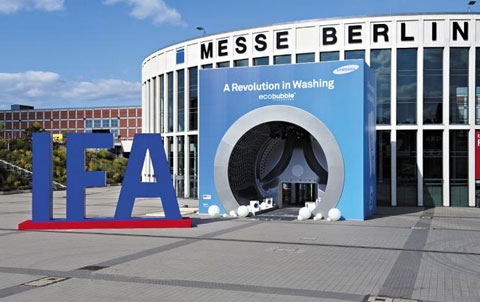 The southern entrance of the venue of the Internationale Funkausstellung, Europes largest consumer technology trade fair, in Berlin, in the shape of a Samsung washing machine /Courtesy of Samsung Electronics
