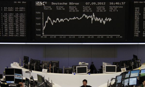 DAX board at the Frankfurt stock exchange on Sept. 7, 2012 /Reuters