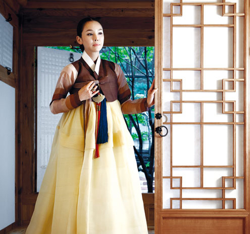 How To Choose The Right Hanbok For Chuseok The Chosun