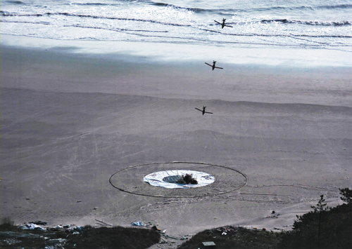A GPS-guided bomb hits a target at a test site on the western coast. /Courtesy of the Agency for Defense Development