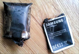 The Galaxy S2 and battery that exploded in a schoolboys pants pocket in Gwangju in March last year /Newsis