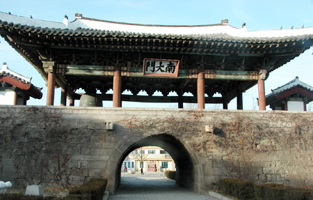 The historic south gate in Kaesong, North Korea