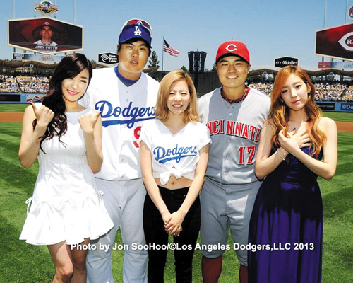 3a16646d9a397 Girls  Generation Impresses U.S. Baseball Fans with National Anthems ...