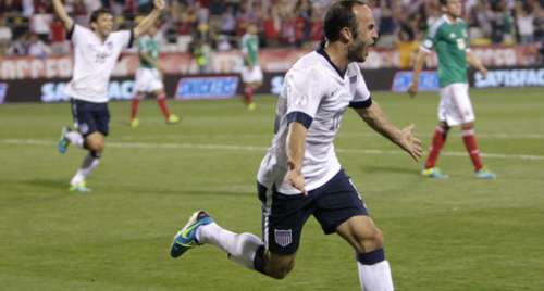 United States Landon Donovan celebrates his goal against Mexico during the second half of a World Cup qualifying soccer match in Columbus, Ohio on Sept. 10, 2013. /AP