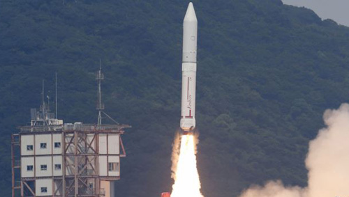 An Epsilon rocket blasts off from the launching pad at the Uchinoura Space Center in Kimotsuki, Kagoshima Prefecture, in this photo taken by Kyodo on Saturday. /Reuters