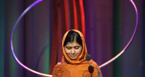 Malala Yousafzai gives a speech after receiving the Leadership in Civil Society award at the Clinton Global Initiative 2013 in New York on Sept. 25, 2013. /Reuters