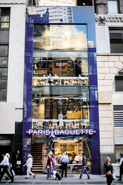 The Paris Baguette store in Manhattans Times Square that recently opened /Courtesy of SPC