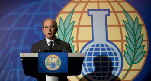 Director General of the OPCW, Ahmet Uzumcu, comments on the organization being awarded the Nobel Peace Prize, during a press conference in the Hague, Netherlands on Oct. 11, 2013. /AP
