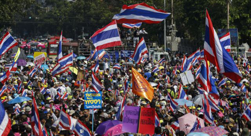 Anti-government protesters gather during a rally in central Bangkok on Jan. 5, 2014. /Reuters