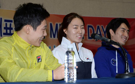 From left, Mo Tae-bum, Lee Sang-hwa and Lee Seung-hoon