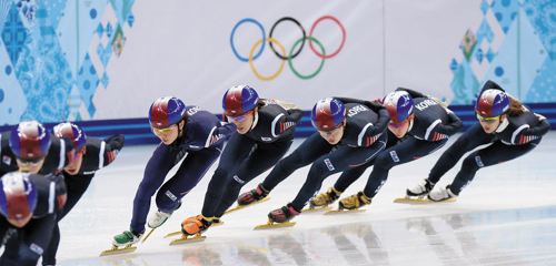 Korean short track skaters train at the Iceberg Skating Palace in Sochi, Russia on Thursday. /Newsis