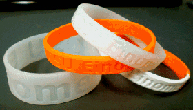 Silicone wristbands can sample an individuals exposure to environmental toxins. /Courtesy of  Oregon State University