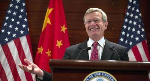 U.S. Ambassador to China Max Baucus briefs journalists at the U.S. embassy in Beijing, China on March 18, 2014. /AP