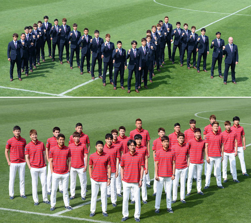 Players of the Korean national football team pose for a group photo in Paju, Gyeonggi Province on Thursday.