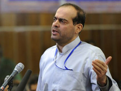 Billionaire Mahafarid Amir Khosravi, executed Saturday, spoke at his trial in Tehran, Iran on Feb. 18, 2012. /AP