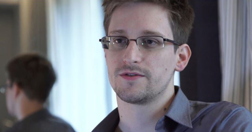This photo provided by The Guardian Newspaper in London shows Edward Snowden, who worked as a contract employee at the National Security Agency, in Hong Kong on June 9, 2013. /AP