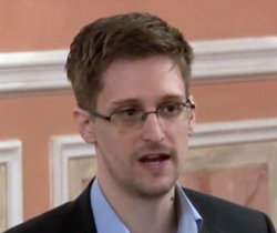 Edward Snowden /AP