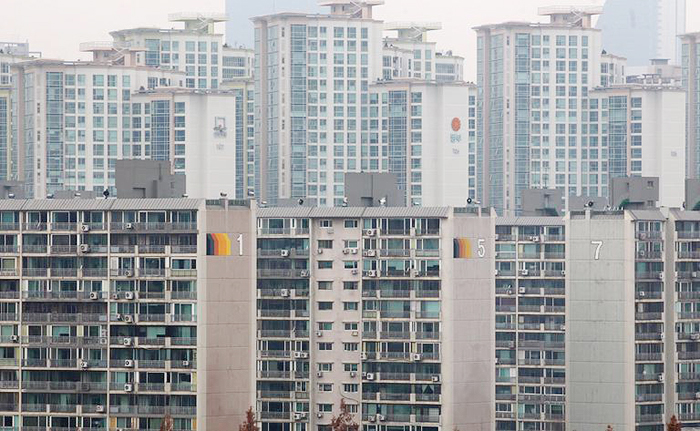 1st Dip In Seoul Apartment Prices 2 Years