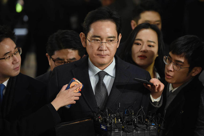 Samsung boss summoned for second time over presidential scandal