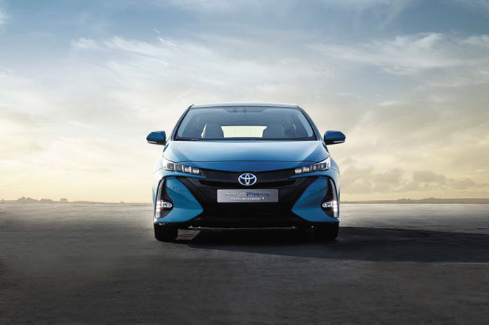 Toyota Prius Prime earns the 2017 World Green Car of the Year