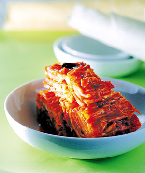What kimchi making means to koreans the chosun ilbo english the most common variety savored all over the world is cabbage kimchi but in fact cabbage used to be a rare ingredient until the early 20th century forumfinder Images