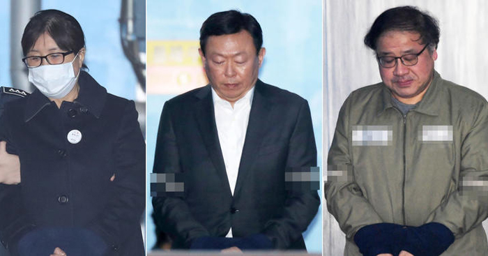 Friend of ex-S. Korean president, Lotte chairman get prison