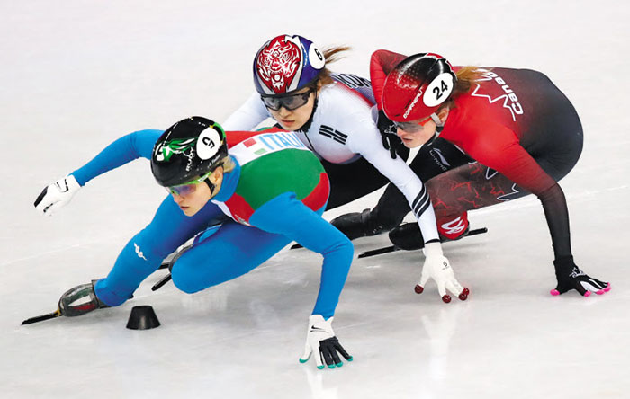 Italian Arianna Fontana Wins Women's 500 Meter Short Track Speed Skating Gold