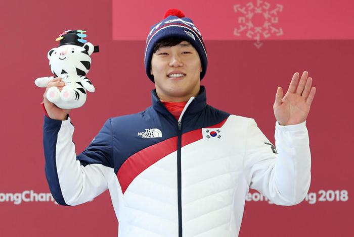 Olympics-Skeleton-South Korea crowns new winter hero: the Iron Man