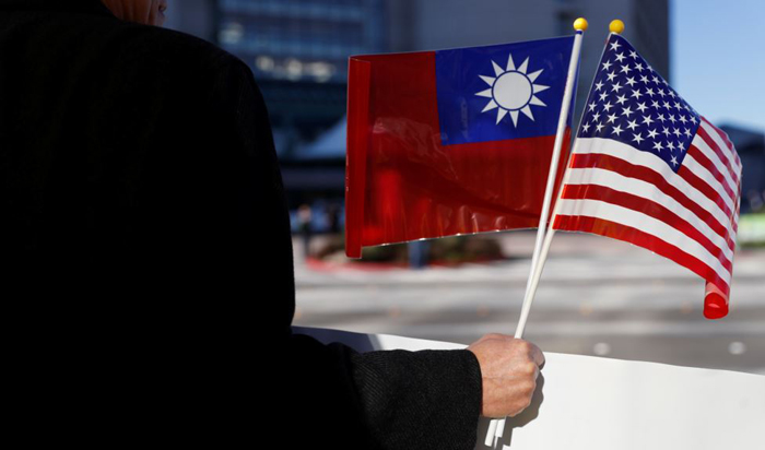 Trump okays official travel to Taiwan, angering China