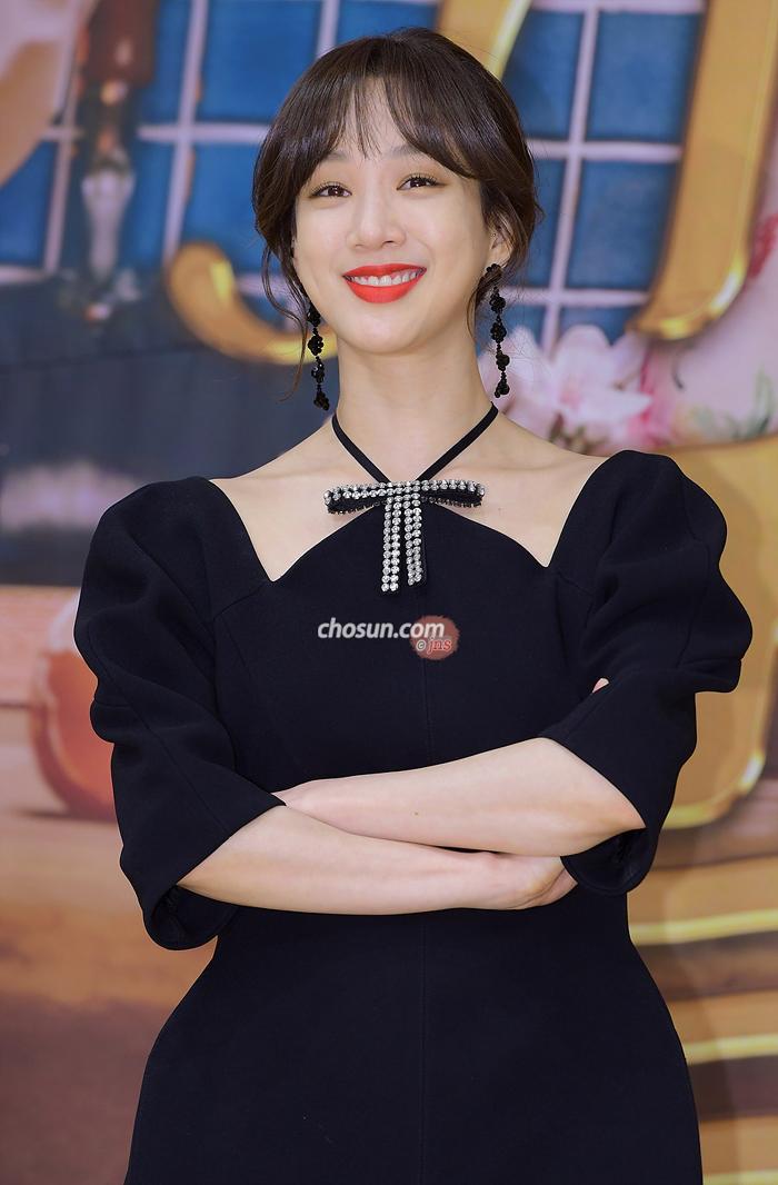 Kết quả hình ảnh cho Jung Ryeo Won 2018