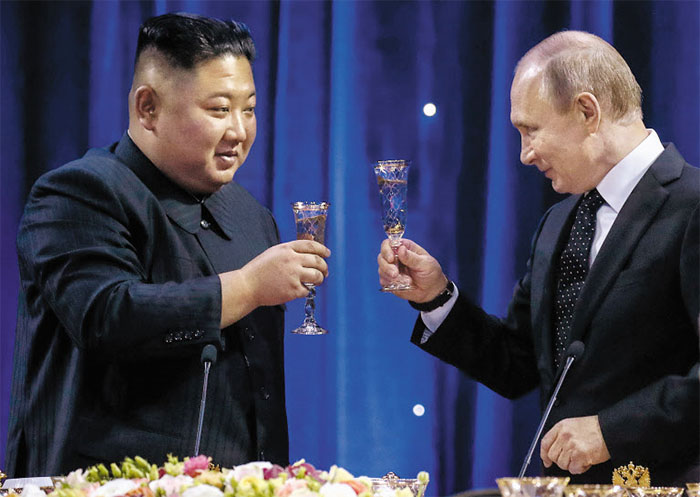 Putin Pledges to Help Kim Jong-un Break Nuclear Deadlock